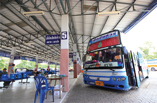 bus to trat